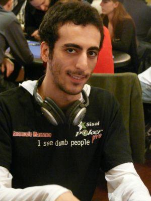 Emanuele 'Kamilla86' Marzano sorride, e ne ha ben donde...