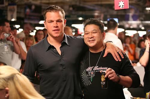 Johnny Chan alle WSOP con Matt Damon
