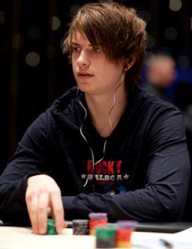 http://www.assopoker.com/images/stories/poker_news/2010/06/Viktor-Isildur1-Blom.jpg