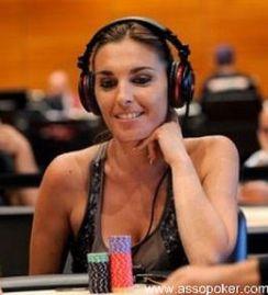 Una  Carla Solinas in splendida forma