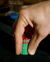 Nel poker le dimensioni contano...