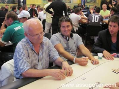 Gianni Giaroni (a sinistra) e Manlio Iemina (a destra): stesso tavolo ma stili e destini diversi