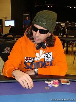 Rodrigo durante il day 2 del PokerStars IPT Campione