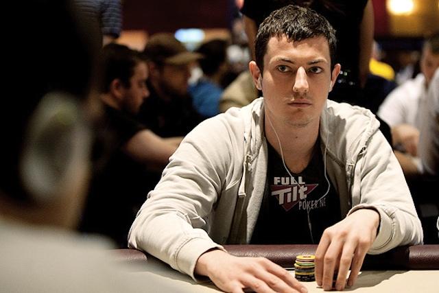 Dwan poker bluff