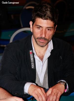 Malta poker dream l 39 attore castrogiovanni al tavolo for Oggi al parlamento diretta