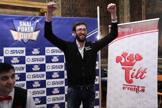 Gabriele Lepore esulta: anche la Snai Poker Cup è sua