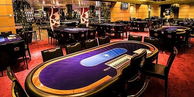 Casino campione orari poker casino d uriage