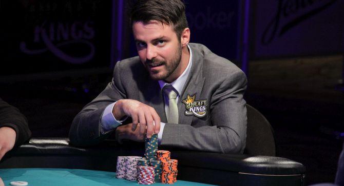 9max poker
