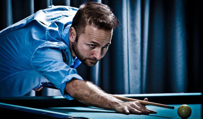 Daniel Negreanu ha giocato a lungo a biliardo, dove le prop bet sono altrettanto comuni