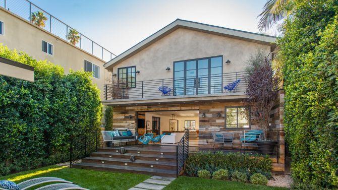 La villa da 3.4 milioni di dollari di Antonio Esfandiari