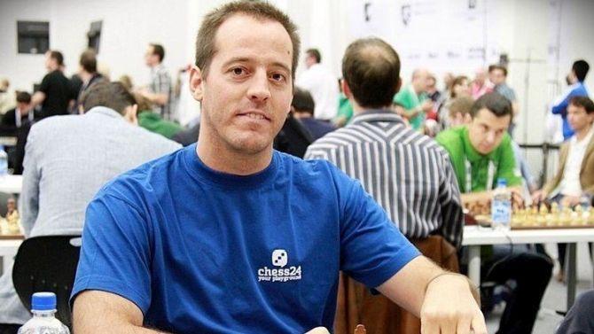 incontri online di poker zucchero mamma siti di incontri recensioni