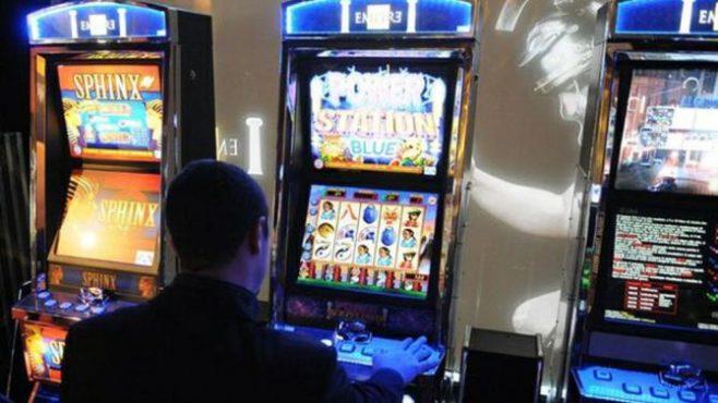 Slot machine decreto