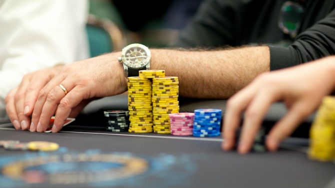 Continuation bet bluff