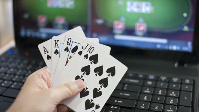 poker a soldi finti