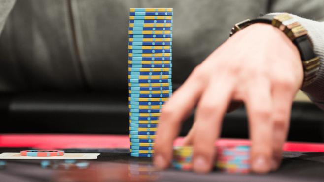 Bluff poker