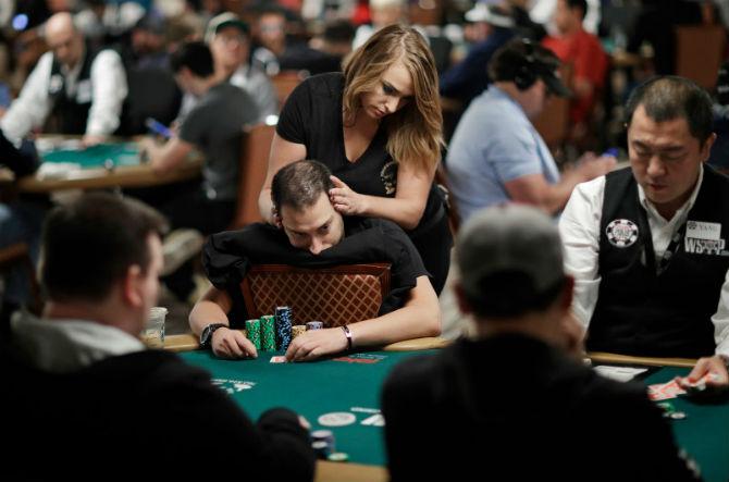 massaggio poker