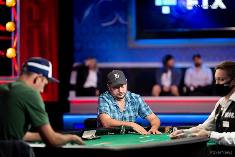 Un momento dell'heads up tra John Monnette e Nate Silver (courtesy of Danny Maxwell - Pokernews)